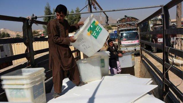 انتخابات پارلمانی با یک هفته تاخیر در قندهار شروع شد