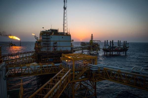 ترامپ: تحریمهای نفتی ایران را آهسته پیش می بریم!