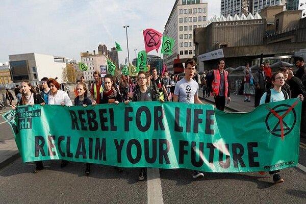 شمار بازداشتهای محیط زیستی در لندن از مرز 830 نفر گذشت