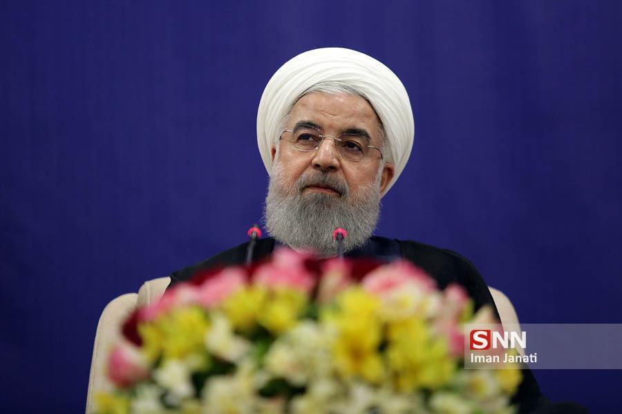 مراسم سال تحصیلی جدید با حضور رئیس جمهور در دانشگاه تهران شروع شد