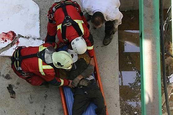 خبرنگاران سقوط از ارتفاع جان کارگر ساختمانی را در فردیس گرفت