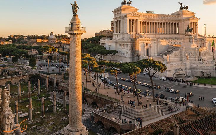 ستون باستانی تراجان، نمادی از پیروزی رومیان در سده اول میلادی