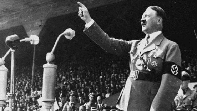 وحشت هیتلر از کابوس هفت زن!