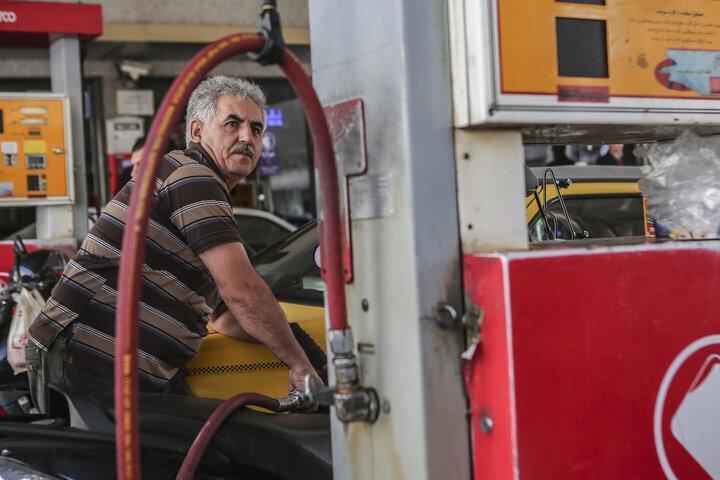 شیوع دوباره کرونا مصرف بنزین را 15 درصد کاهش داد