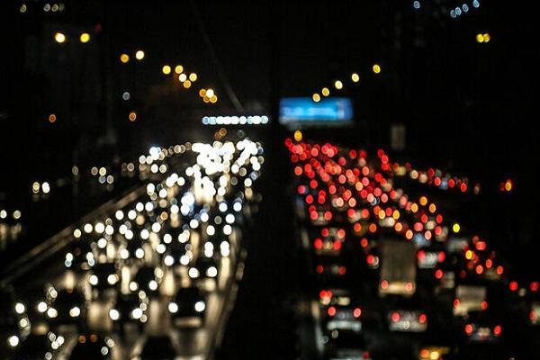 تعطیلی ساعت 18 صنوف ترافیک پایتخت را دو قسمت نموده است