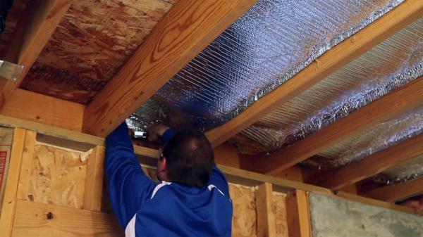 عایق صوتی سقف آپارتمان چیست؟ انواع متریال آن و موارد مهم در اجرا