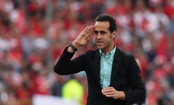 پیام علی کریمی در آستانه انتخابات فدراسیون: از فوتبال کیسه ای برای خود نخواهم دوخت خبرنگاران