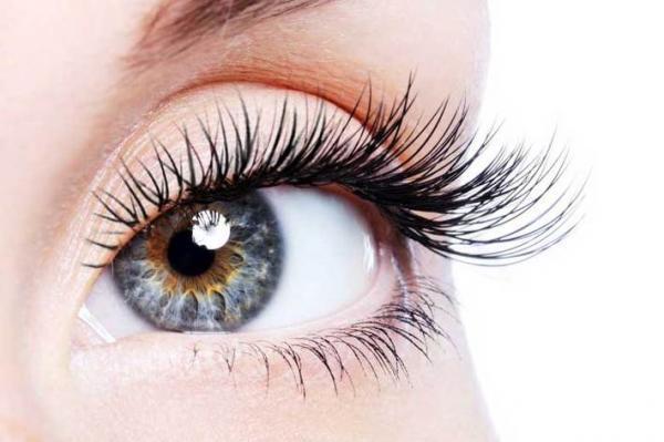 3 دلیل اصلی ریزش مژه های چشم چیست؟