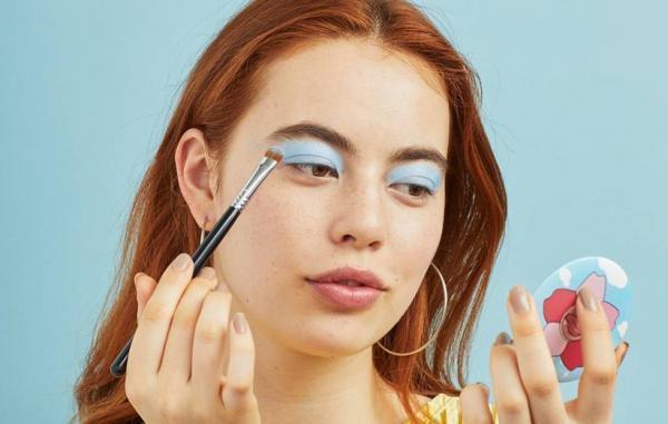 15 نکته برای آرایش تابستانی که زیبایی شما را در برابر عرق کردن مقاوم می نمایند